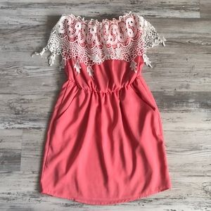 Dresses & Skirts - Boutique Dress with Pockets